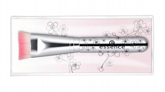 essence blossom dreams pinsel